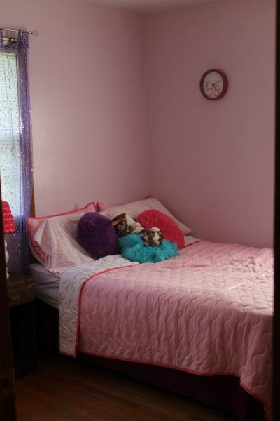 K Bedroom