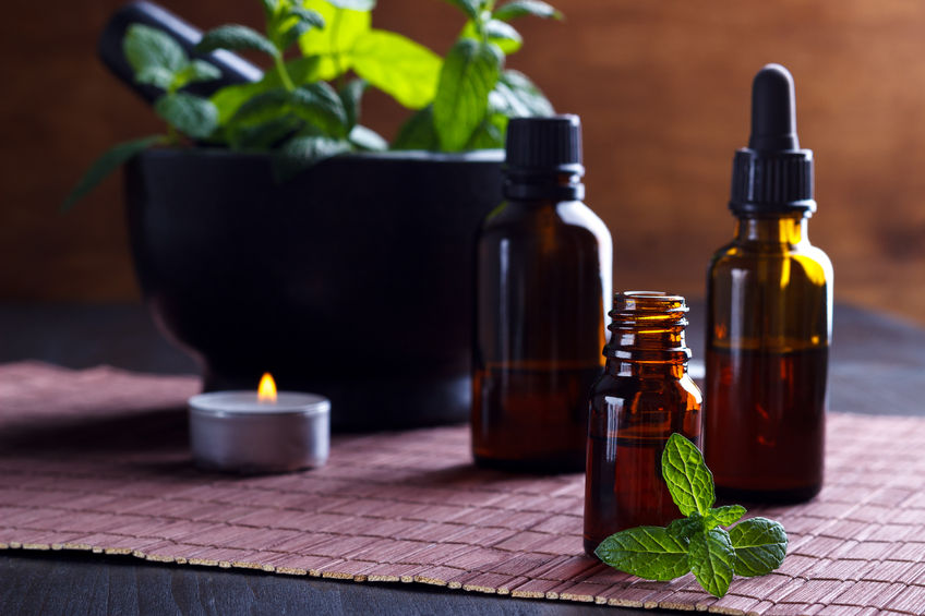 If you've been wanting to try essential oils but don't want to break the bank, you don't have to! Here's where to get quality, affordable essential oils.
