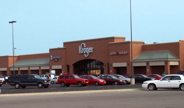 Thinking of trying out Kroger ClickList? Here's my honest opinion of the service and how it's saving me a ton of money every week!