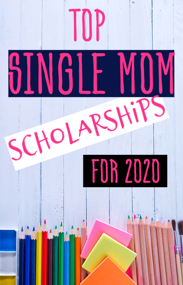 As a single mom going back to college can be a catch 22. If you're looking for help paying for college here are the top single mom scholarships for 2020. #singlemomscholarships #scholarships #college #money