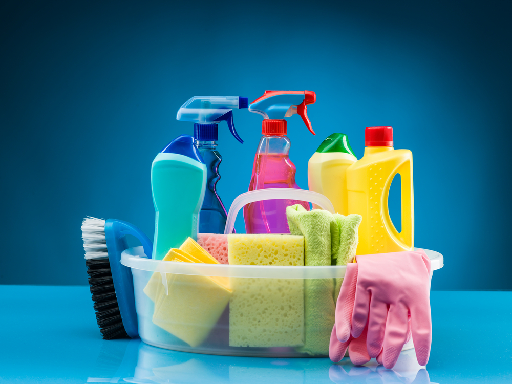 Cheap and Easy Homemade Disinfecting Cleaners