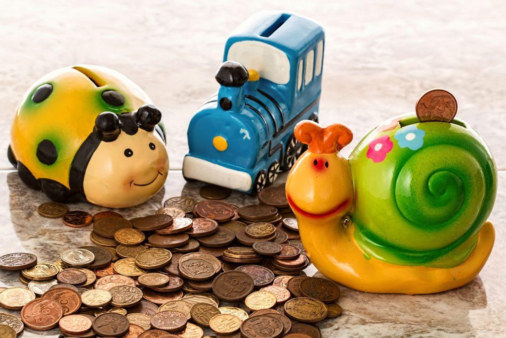 DIY Piggy Banks Your Kids Will Love
